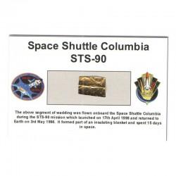 Carte / presentoir avec un fragment Original Nasa STS- 90 ( 007 )