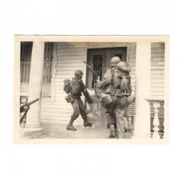 WWII Photo 40 ° Division Americaine aux Philipines ( 204 )