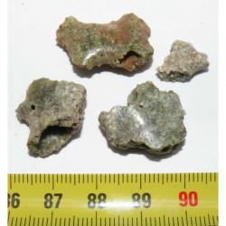 lot de 4 trinitites tectite de bombe atomique ( 5.80 grs -  057 )