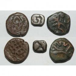 lot de 3 monnaies Anciennes en Bronze Inde ( 015 )