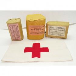 lot d infirmier avec Brassard de neutralité WWII (1 )