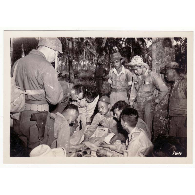 WWII Photo 40 ° Division Americaine aux Philippines  ( 013 )