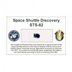Carte / presentoir avec un fragment Original Nasa STS- 82 ( 045 )
