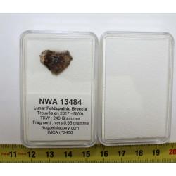 Météorite NWA 13484 lunaire...