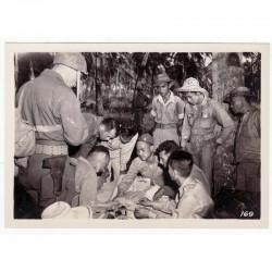 WWII Photo la reddition des Japonais 1945  ( 012 )