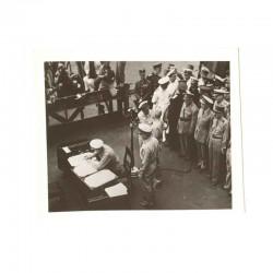 WWII Photo la reddition des Japonais 1945  ( 015 )