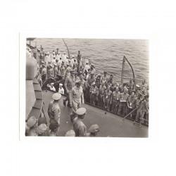 WWII Photo la reddition des Japonais 1945  ( 029 )