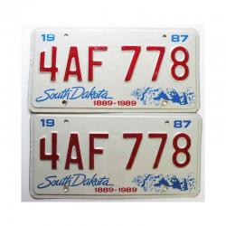 paire de Plaques d Immatriculation USA - South Dakota ( 066 )